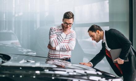 ต่อประกันรถเจ้าเดิม หรือเปลี่ยนเจ้าใหม่ อันไหนคุ้มกว่า?