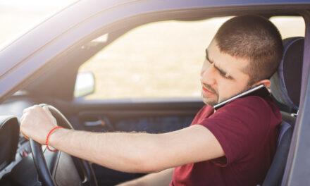5 พฤติกรรมเสี่ยงอุบัติเหตุ ที่ไม่ควรทำขณะขับรถ